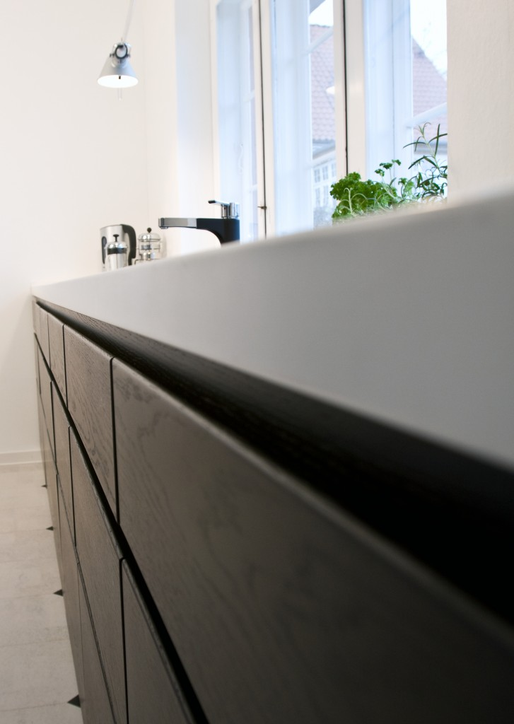 keramik fronter fra den kendte tyske alno k kken. Black Bedroom Furniture Sets. Home Design Ideas